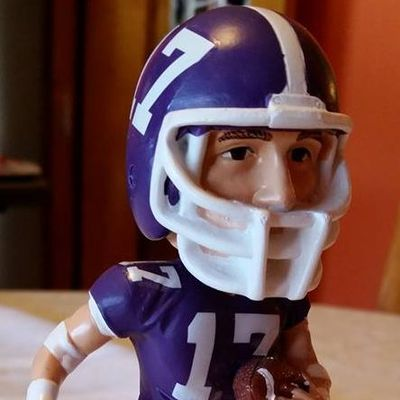 Gordie Lockbaum celebrated at Holy Cross Parents Weekend with Bobble Head
